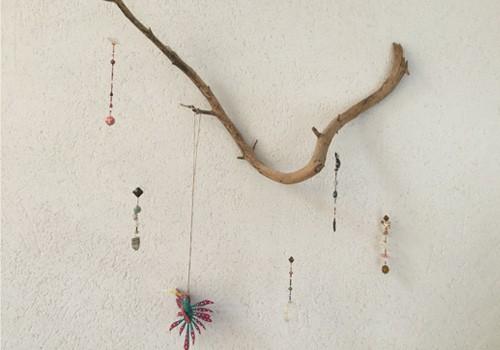 Atelier artistique pour enfants avec Françoise Durand : fabrication d'un attrape-rêve ou d'un mobile