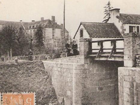 """Exposition de cartes postales anciennes """"Le Malestroit d'hier"""""""